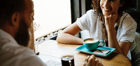 Dia do Café: 4 dicas para evitar manchas nos dentes
